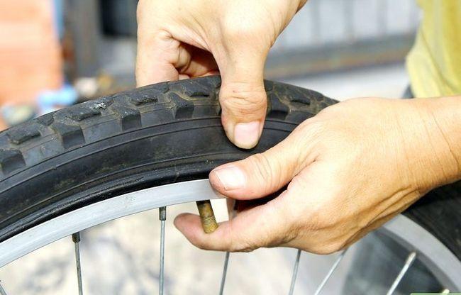 एक बाइक टायर चरण 13 में एक पंचर में मिला छवि
