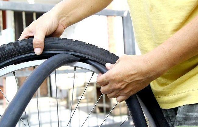 एक बाइक टायर में पांचवें चरण में सुधार करें