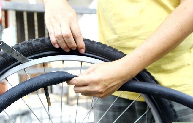 एक बाइक टायर चरण 6 में एक पंचर में मिला छवि