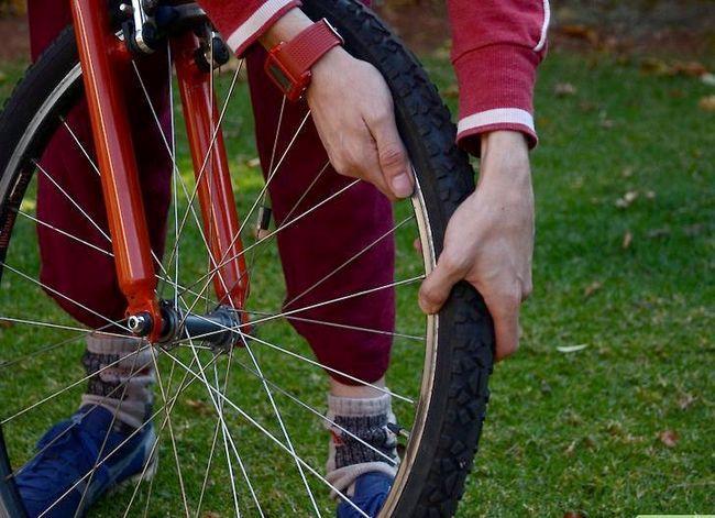 छवि शीर्षक से अनवॉबिल एक साइकिल रिम चरण 1