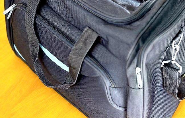 चेकलिस्ट का उपयोग करके टोक्यो के लिए पैक कैसे करें