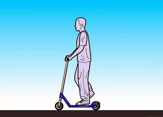 रेजर स्कूटर पर चालें कैसे करें