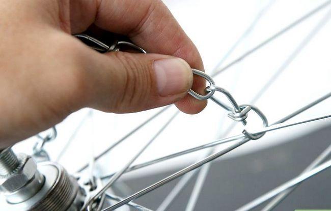 एक पॅट रैक के रूप में एक साइकिल टायर फ़्रेम का उपयोग शीर्षक वाली छवि चरण 8