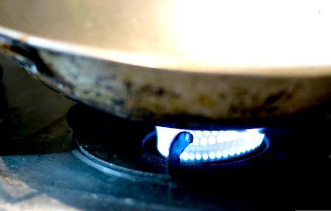 स्प्रिंग प्याज पेनकेक्स स्टेप 8 बनाएं