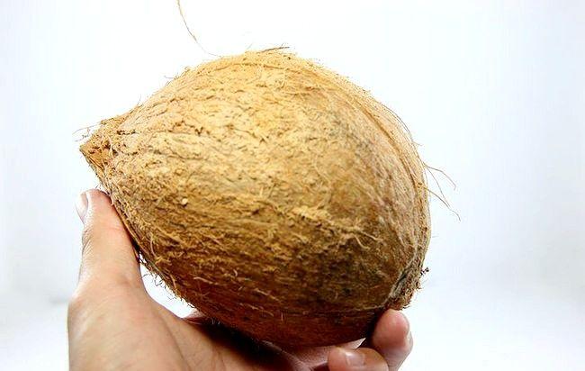 नारियल को कैसे छिड़कना