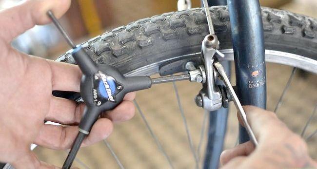 एक बाइक चरण 4 पर फिक्स ब्रेक शीर्षक वाली छवि