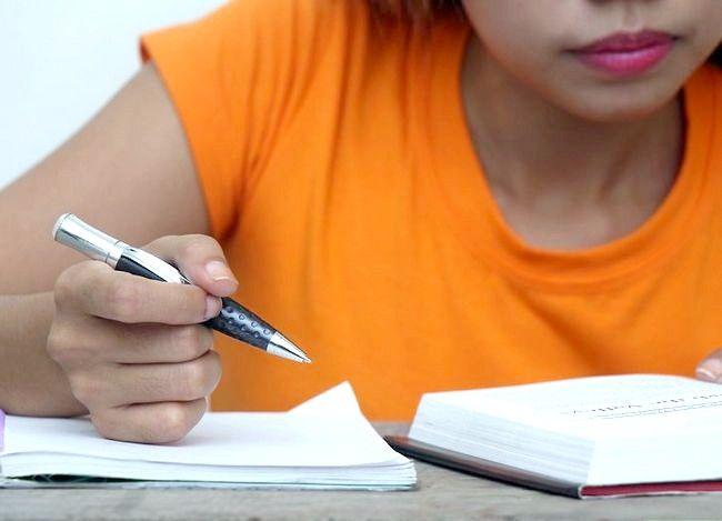एक सामान्य किशोरी लड़की के कदम 16 शीर्षक वाली छवि