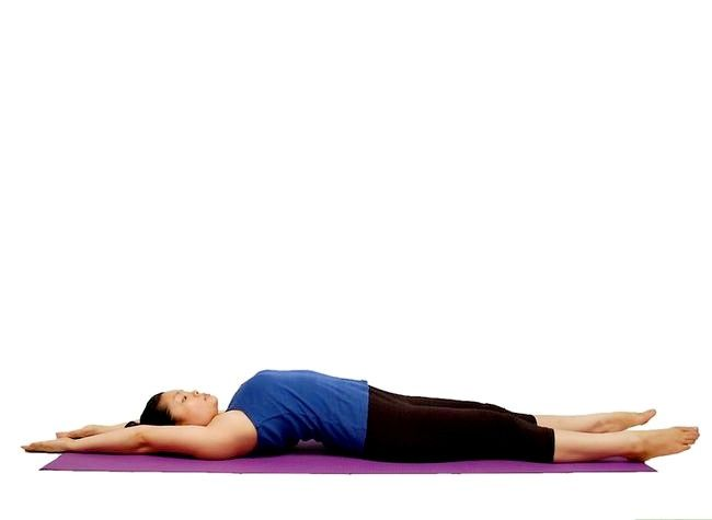 पीड़ादायक पेट की मांसपेशियों का इलाज कैसे करें