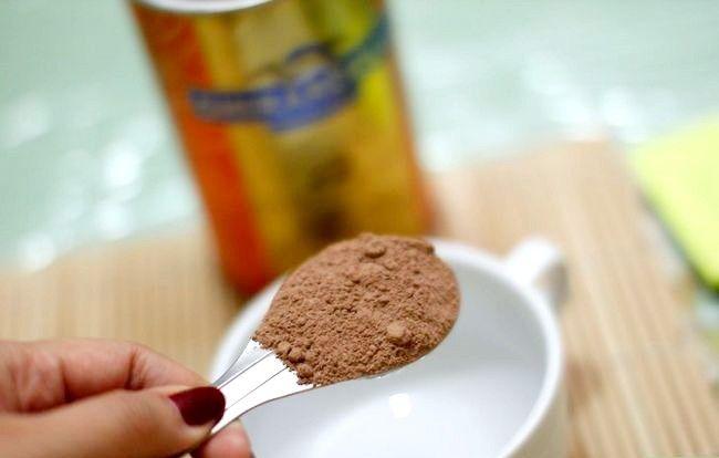 एक चॉकलेट सबस्टेट चरण 1 के रूप में काको का उपयोग करें