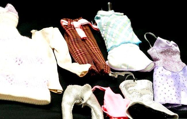 छवि शीर्षक एक पोशाक बार्बी गुड़िया चरण 2